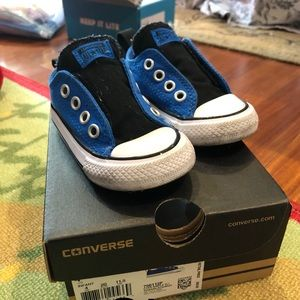 EUC Baby Boy Converse, Size 4